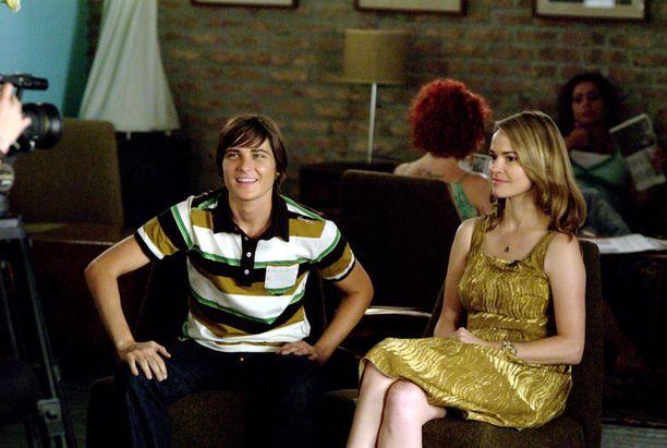 Sarjassa nähtiin myös transmies Max (oikealla).