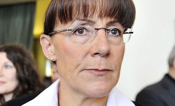 Pirkko Ruohonen-Lerner sijaisti Timo Soinia MTV:n vaalipaneelissa. Perussuomalaiset ovat yhä kovasti puheenjohtajansa varassa.