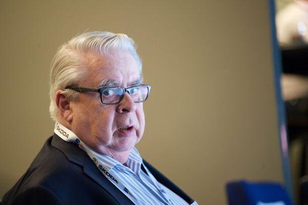 Kalervo Kummola ei ole pitkän uransa aikana kuullut tai nähnyt, että Suomi-kiekossa käytettäisiin huumeita,