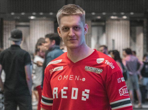 """Lassi """"Belaeu"""" Kallio menestyi Fortnite-pelin MM-kisoissa."""