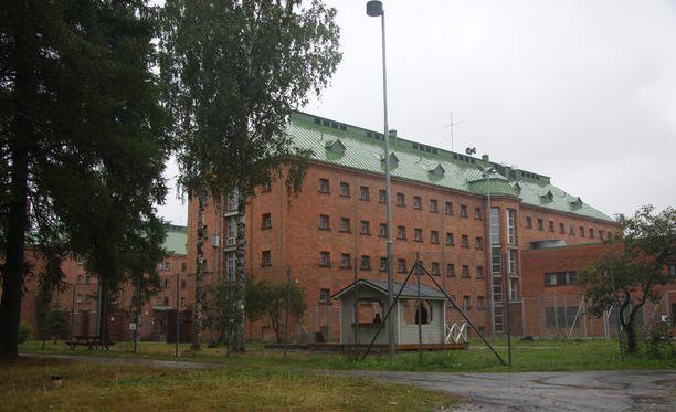 Kuvassa Joutsenon vastaanottokeskus.