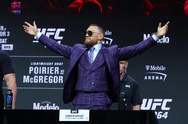 Conor McGregorilla on rahaa millä leveillä.