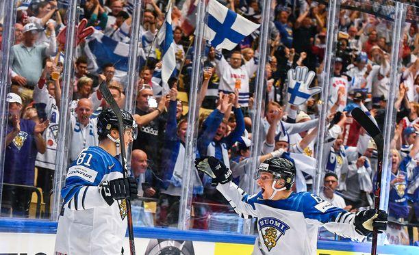 Leijonat kiinnostaa suomalaista tv-kansaa.