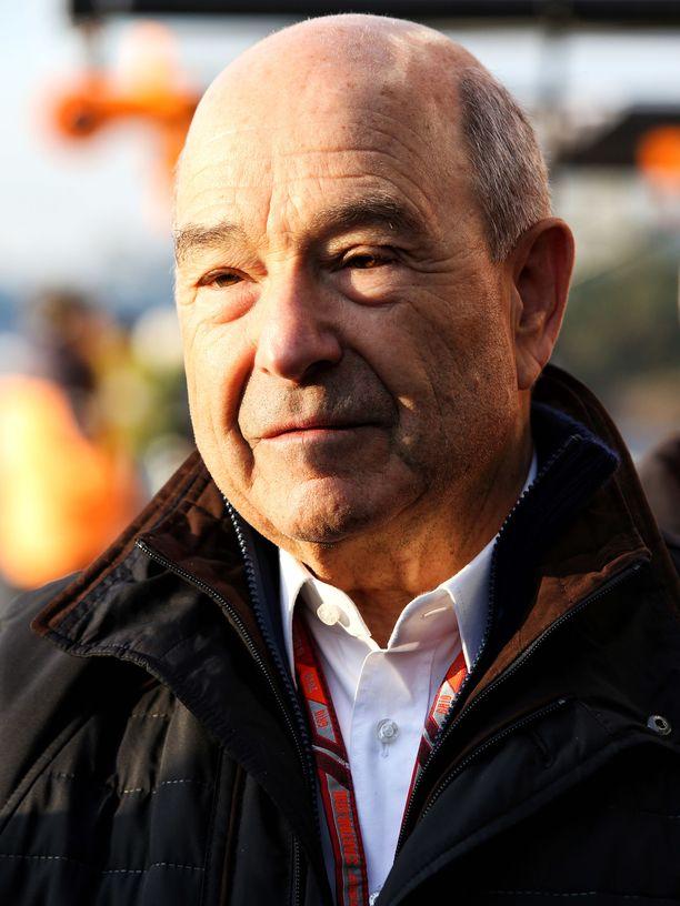 Peter Sauber vieraili talvitesteissä Alfa Romeo Racingin vieraana.