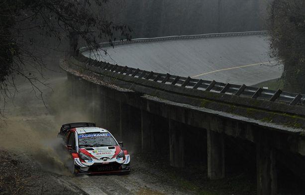 Elfyn Evans ajoi Monzassa ulos, mikä oli miehelle itselle ja Toyotalle valtava pettymys.
