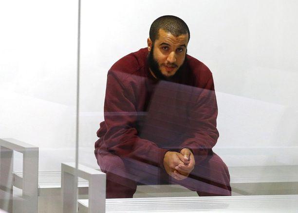 Marokkolainen Ari Afarkhane istui tuomiolla Madridissa Espanjanssa syyskuussa. Hän matkusti Turkkiin viime vuonna tarkoituksenaan liittyä Isisiin.