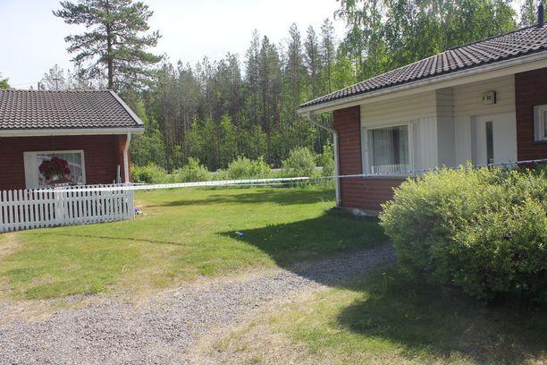 Rikos tapahtui tässä ulospäin hyvin siistissä rivitaloasunnossa Alajärven Ketuntiellä.