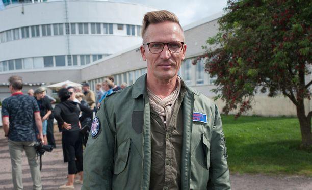 Sami Saikkonen toimi Talent-tuomarina Saaran kilpaillessa ohjelmassa vuonna 2007.