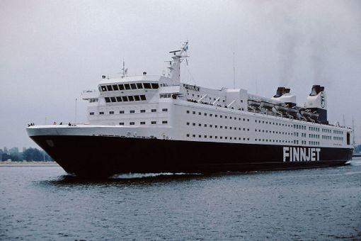 Finnjetiä liikennöi alussa Finnlines.