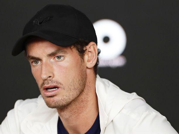 Andy Murray kävi lonkkaleikkauksessa.