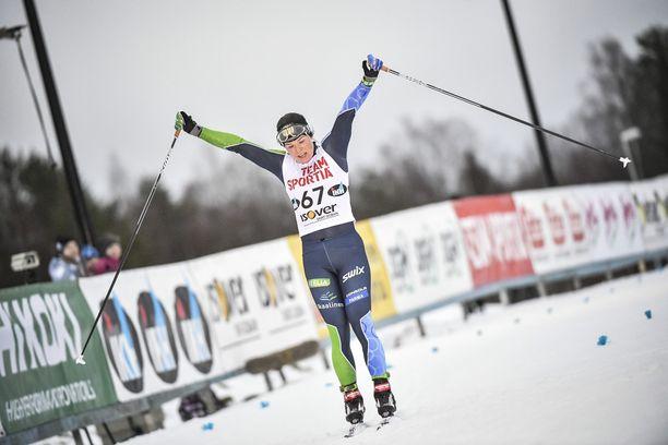 Krista Pärmäkoski oli jälleen Suomen paras naishiihtäjä.