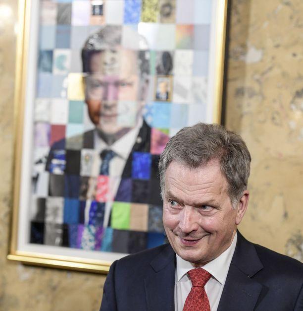 Lähes kaksi vastaajaa kolmesta antaisi tasavallan presidentille Sauli Niinistölle lisää päätösvaltaa.