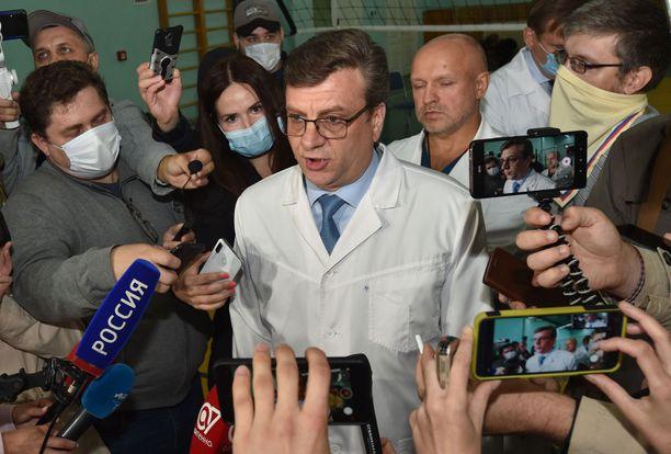 Aleksandr Murahovski ilmoittautui itse kyläläisille.