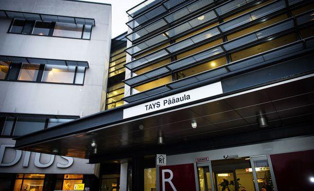 Aamulehden mukaan kaksi lääkäriä on käyttänyt henkistä ja fyysistä väkivaltaa hoitajiin Tampereen yliopistollisessa sairaalassa vuosina 2010-2011.