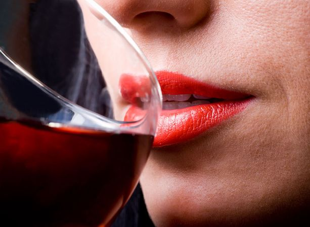 Muista, että punaviini pysyy terveellisen puolella vain kohtuullisesti nautittuna.