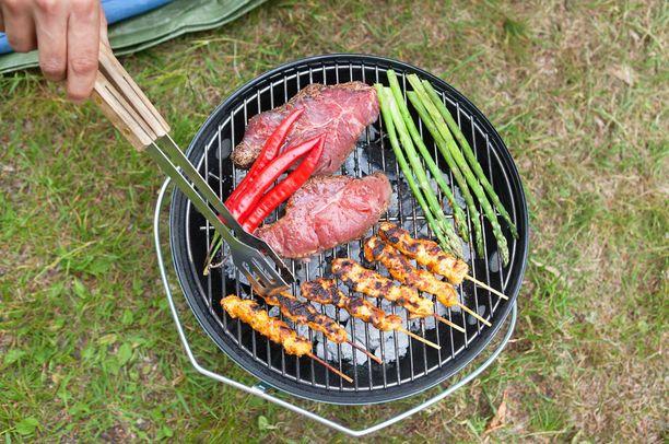 Tankoparsa kypsyy myös grillaamalla.
