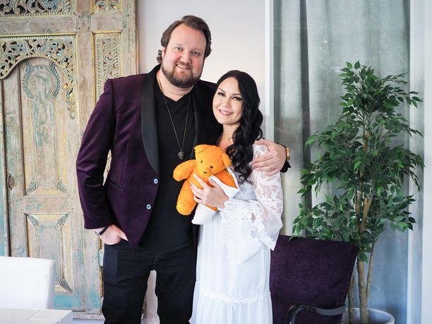 Sami Hedberg ja Saija Tuupanen laulavat suorassa lähetyksessä ensimmäistä kertaa yhdessä.