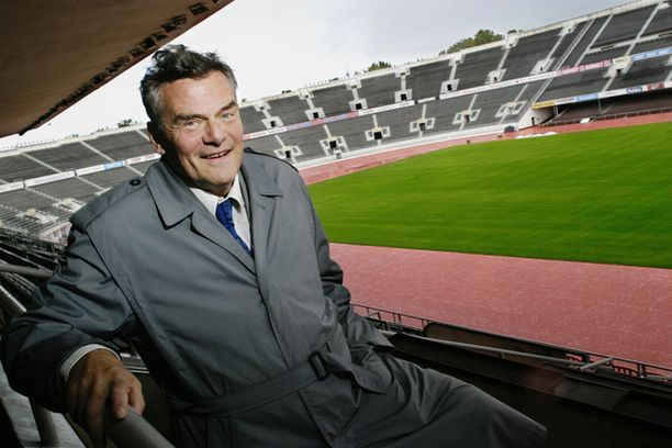 Erkki Aurejärven mukaan uuden toimitusjohtajan tulikoe on naisten jalkapallon EM–kisat Olympiastadionilla ensi kesänä.