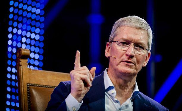 Tim Cook on puhunut paljon tekoälyn kehittämisestä. Apple avaa juuri Japanissa uuden tekoälyn kehittämiseen keskittyvän yksikön.