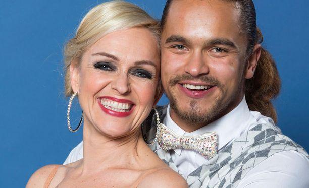 Tanssii tähtien kanssa -finalistit ovat Anu Sinisalo ja Pete Parkkonen.
