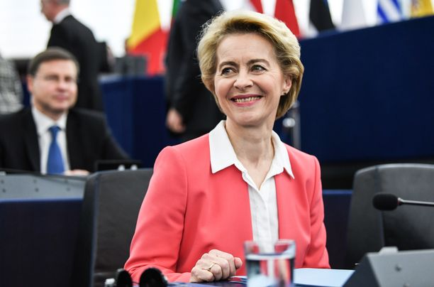 Ursula von der Leyen johtaa uutta EU-komissiota.