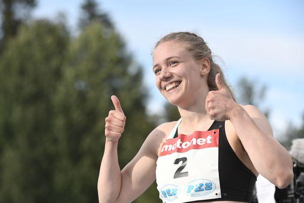 Lotta Kemppinen juoksi Espoossa ennätyksensä.