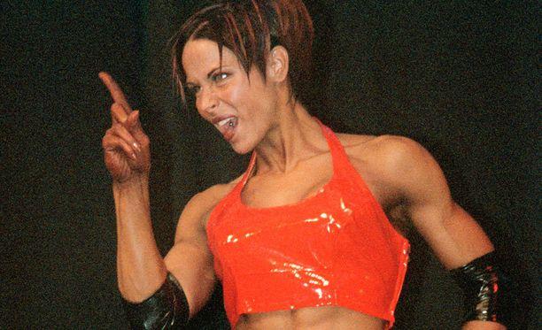Tiina Kasvilla on jo pitkä ura fitnessurheilussa. Kuva vuodelta 2000.