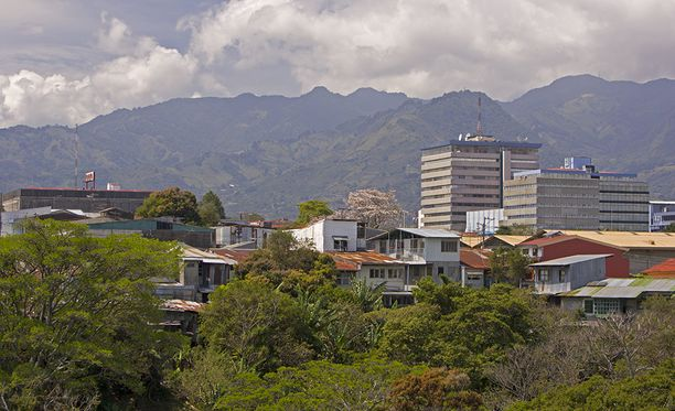 Costa Rican San Jose, kaupunki johon huono-onninen turisti halusi päästä.