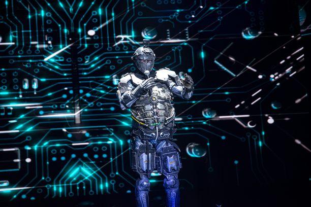 Robotin henkilöllisyys paljastettiin Masked Singerin neljännessä jaksossa.