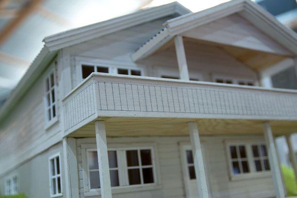 Pariskunnan mukaan he eivät olisi ostaneet tiiliverhoiltua taloa, jos olisivat tienneet sen oikean hinnan. Kuvituskuva.