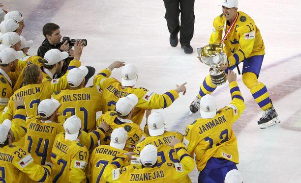 Ruotsi voitti jääkiekon maailmanmestaruuden jo toisena keväänä putkeen.