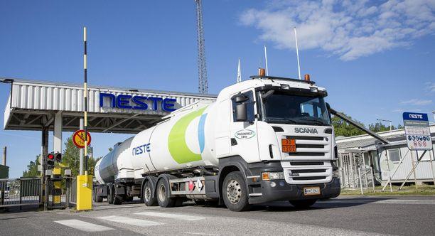 Neste sulkee nyt perinteisen Naantalin jalostamonsa, josta yhtiö on saanut alkunsa.