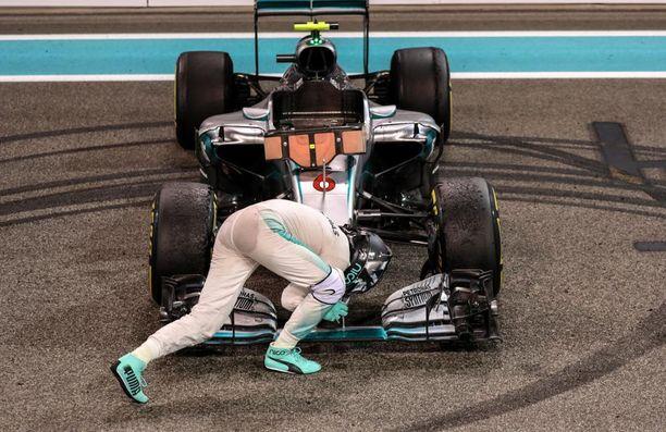 Rosberg muisti kiittää myös kulkuneuvoaan kestävyydestä.