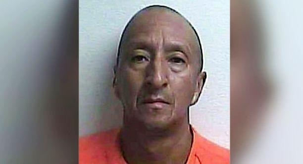Hyökkäys tapahtui kaksi kuukautta sen jälkeen, kun Alex Bonilla oli saanut selville naapurillaan olevan seksisuhde hänen vaimonsa kanssa.