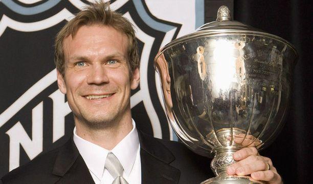 Nicklas Lidström valittiin parhaaksi puolustajaksi kuudetta kertaa.