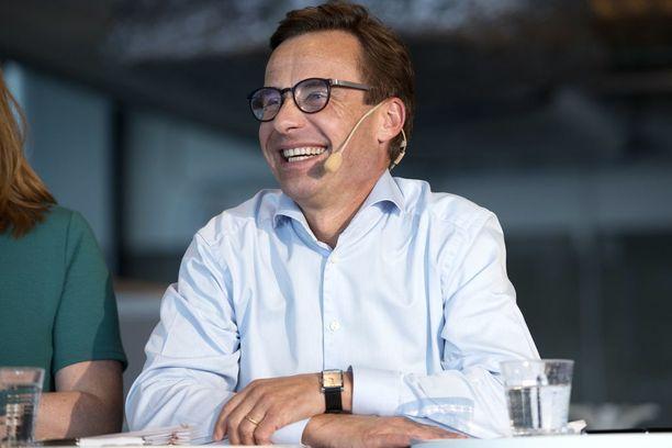 Talousosaaja Ulf Kristersson toimi ministerinä Fredrik Reinfeldtin hallituksessa vuosina 2010-2014.