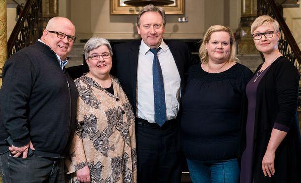 Martti Suninen, Anja Juurus, Heli Stenberg-Salonen ja Tea Vierma pääsivät tapaamaan viime kuussa idoliaan iltapäiväteen merkeissä.