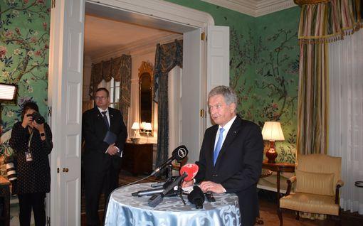 """Niinistö viihtyi """"oikein hyvin"""" Trumpin räyhäämisestä huolimatta – kohusta ei puhuttu kahden kesken, Trump vältti aihetta"""