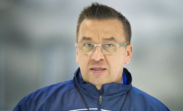 Ari-Pekka Selin palaa vanhaan kotihalliinsa. Selin valmensi SaiPaa kausilla 2005-2012.