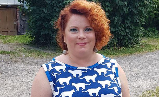 Kiti Kokkonen tunnetaan myös kirjailijana. Uusi kirjaprojekti on parhaillaan käynnissä.