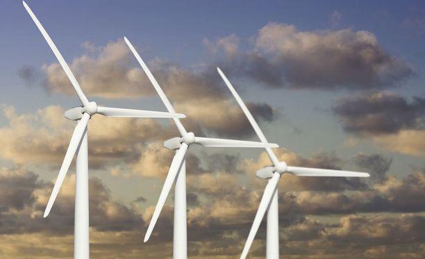 Tuulivoimaloiden infraäänien taso on mitattuna 50-70 desibeliä.