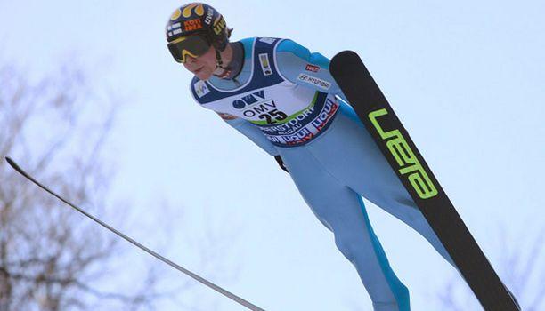 Janne Happosen hyppy oli kohdallaan.