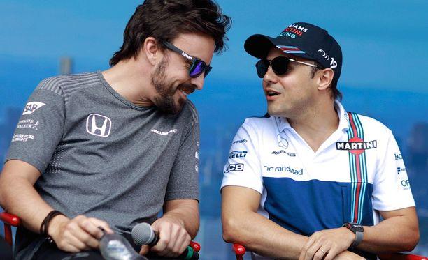 Felipe Massan mielestä Fernando Alonson tilanteeseen on olemassa ratkaisu.