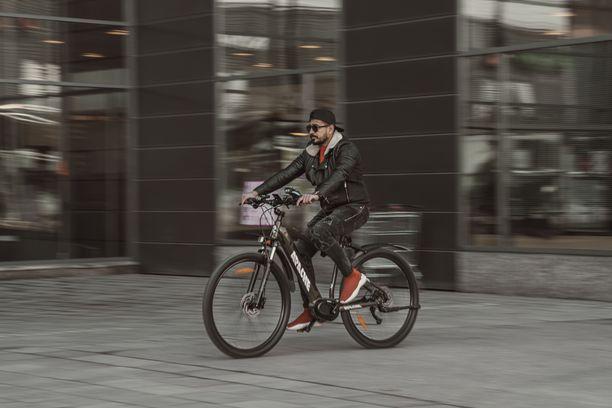 Vantaa Siemen ja Kone kutsuu sinut koeajamaan sähköpyöriä ujostelematta. Kokeilemalla selviää, mikä pyörä tuntuu juuri omalta.