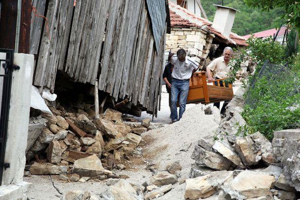 Talot siirtyivät perustuksiltaan, ja asukkaiden oli jätettävä kotinsa.