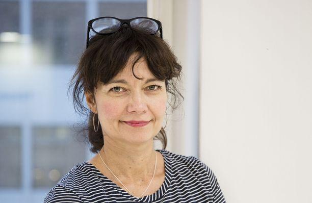 Kirsi Piha ilmoitti lauantaina vetäytyvänsä Helsingin pormestarikisasta.