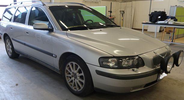 KRP on pyytänyt havaintoja hopeisesta vuosimallin 2003 Volvo V70-farmariautosta, jonka kyydissä Aronen on mahdollisesti ollut katoamisajankohtana.