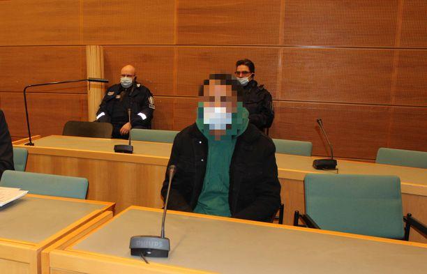 Nuoren miehen epäillään ahdistelleen useita tyttöjä ja naisia Jyväskylässä.