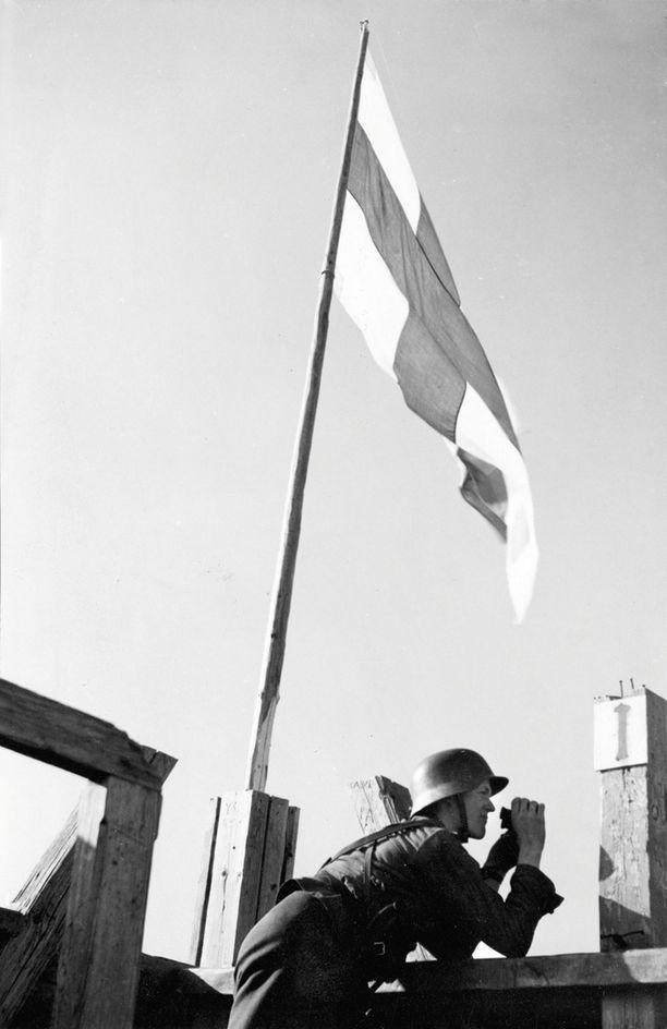 Suomi pystyi ainoanan maana pysäyttämään neuvostojoukkojen suurhyökkäyksen.