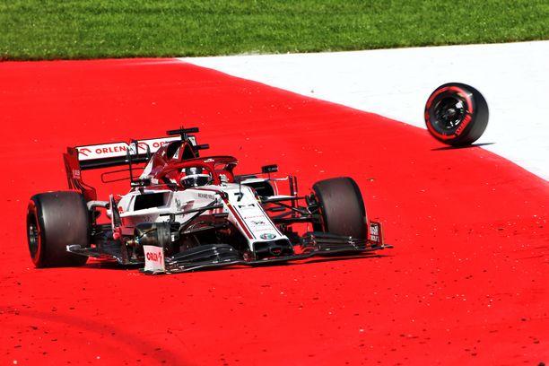 Kimi Räikkönen keskeytti Itävallan GP:ssä.